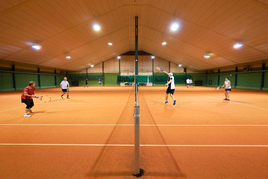 Tennis_Halle1